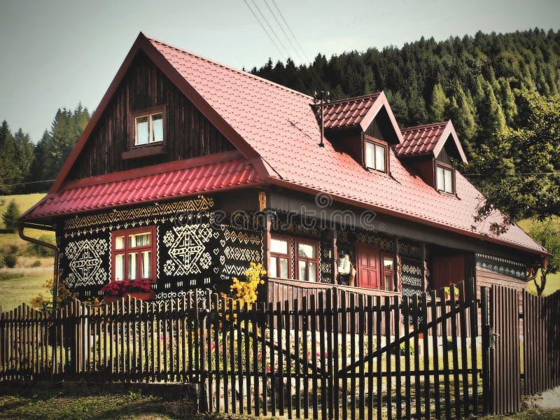 Χρωματισμένο χωριό CICMANY - ΣΛΟΒΑΚΊΑ στοκ εικόνες με δικαίωμα ελεύθερης χρήσης