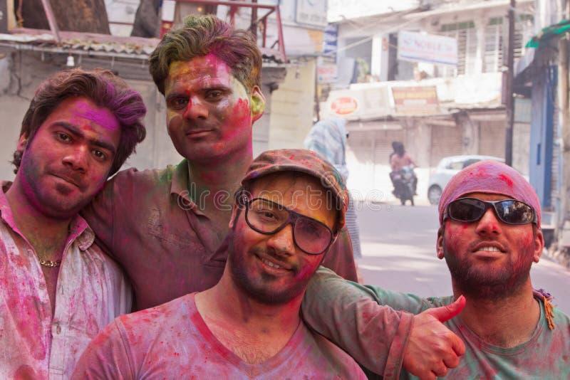 Χρωματισμένο Revellers στοκ φωτογραφία με δικαίωμα ελεύθερης χρήσης