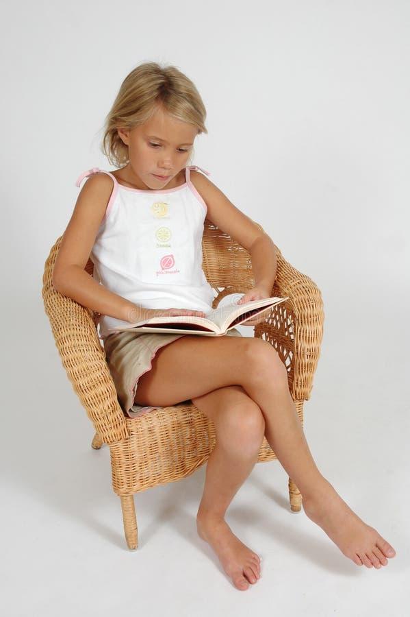 χρόνος ανάγνωσης στοκ φωτογραφία