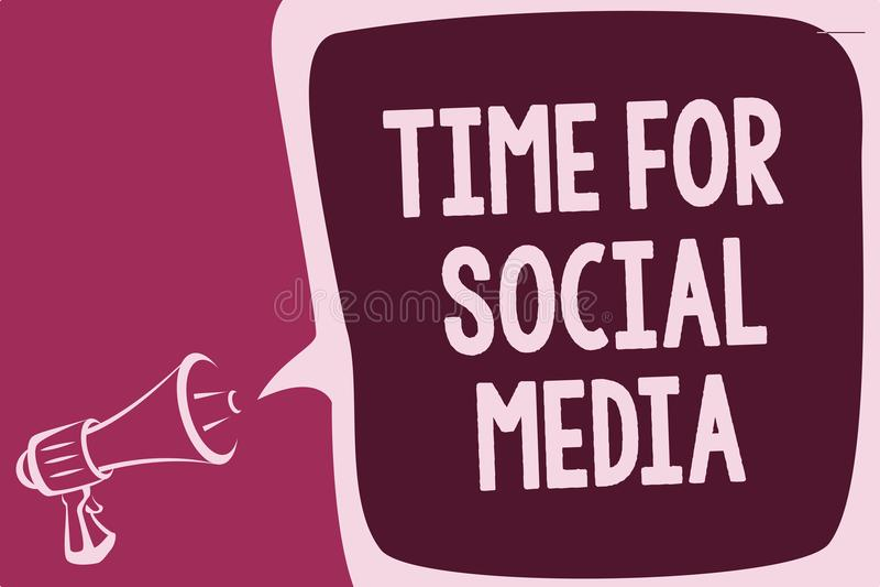 Χρόνος κειμένων γραψίματος λέξης για τα κοινωνικά μέσα Επιχειρησιακή έννοια για τη συνάντηση των νέων φίλων που συζητούν τις ειδή απεικόνιση αποθεμάτων