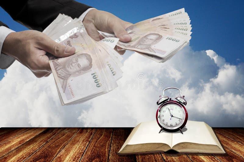 Χρόνος να επενδύσει στην εκπαίδευση στοκ εικόνα