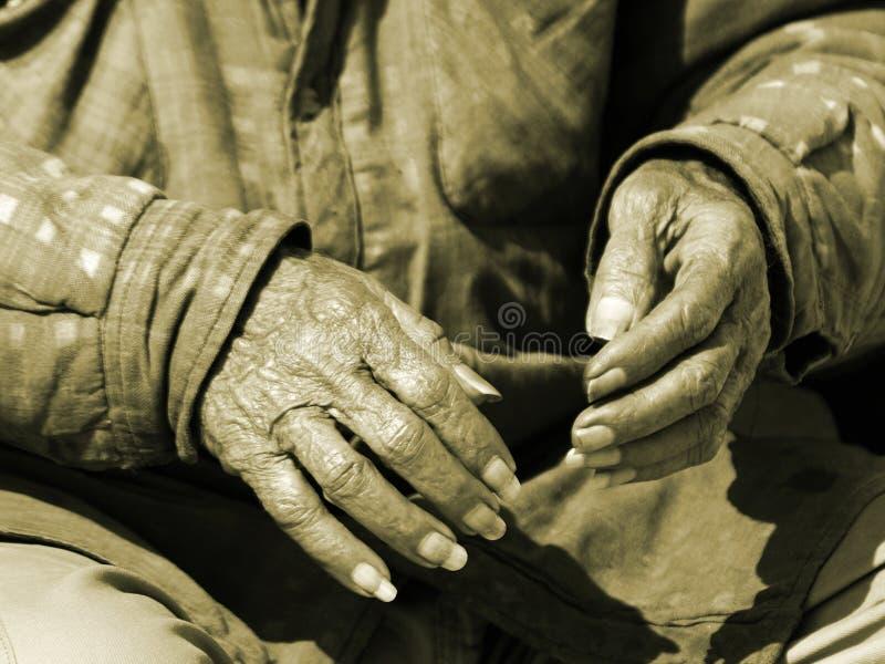 χρόνος 2 χεριών στοκ εικόνες με δικαίωμα ελεύθερης χρήσης