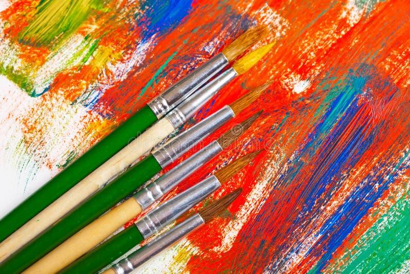 Download Χρώματα και βούρτσες στοκ εικόνα. εικόνα από κατασκευή - 62722359