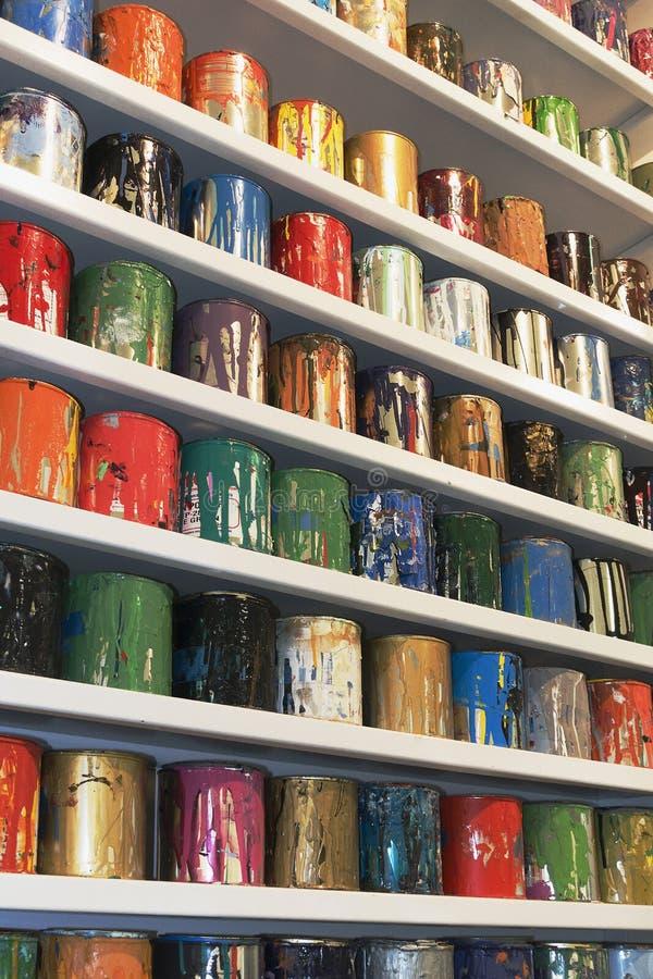 Χρώματα οθόνης μεταξιού καλλιτεχνών στοκ εικόνα