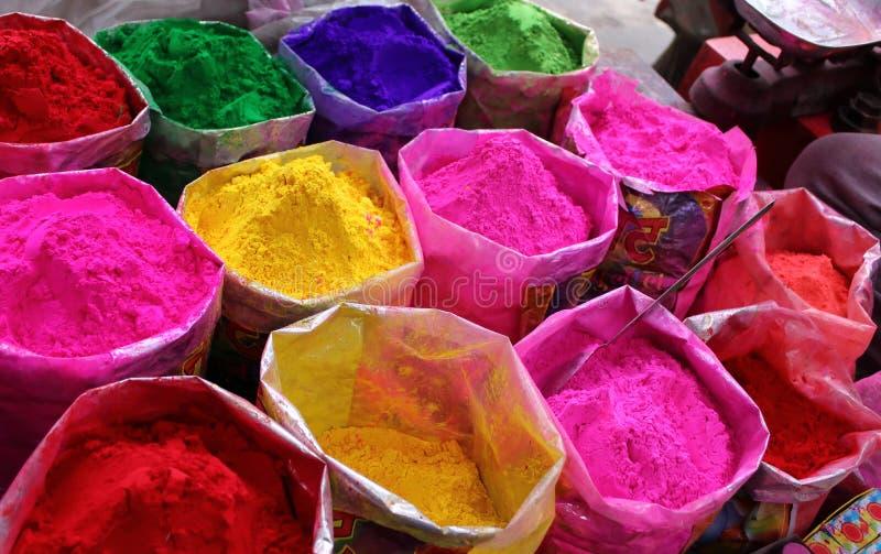 Χρώματα του φεστιβάλ Holi στην Ινδία στοκ εικόνες με δικαίωμα ελεύθερης χρήσης