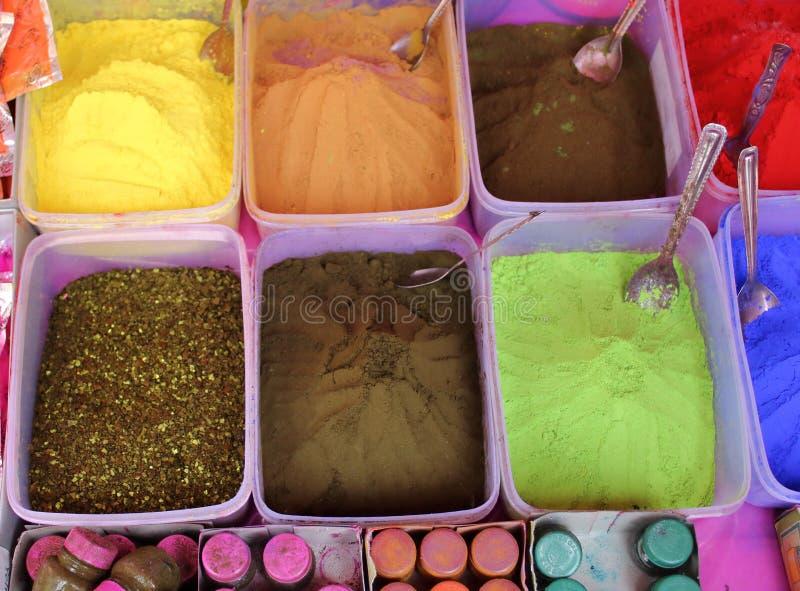 Χρώματα του φεστιβάλ Holi στην Ινδία στοκ φωτογραφίες