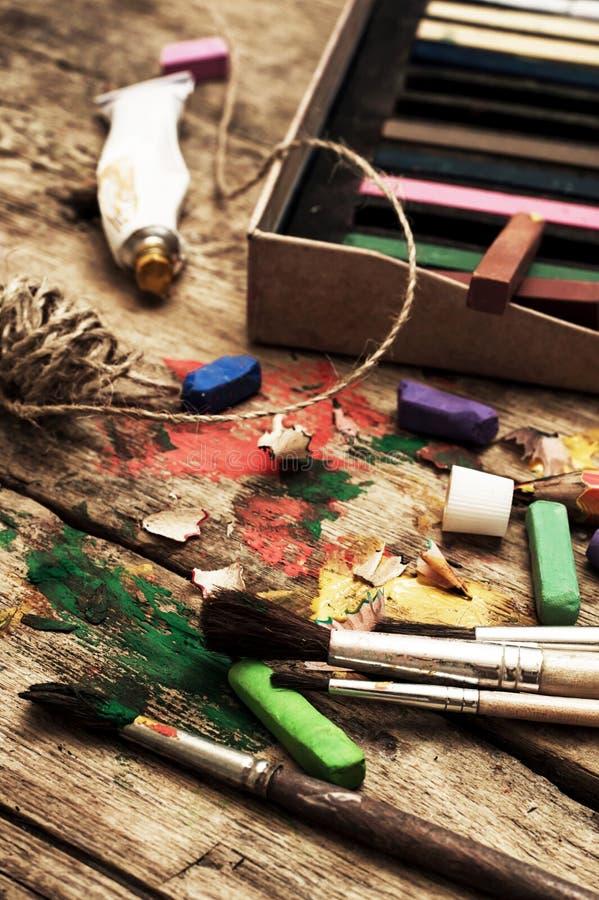 Χρώματα χρώματος, κραγιόνι στοκ εικόνα με δικαίωμα ελεύθερης χρήσης
