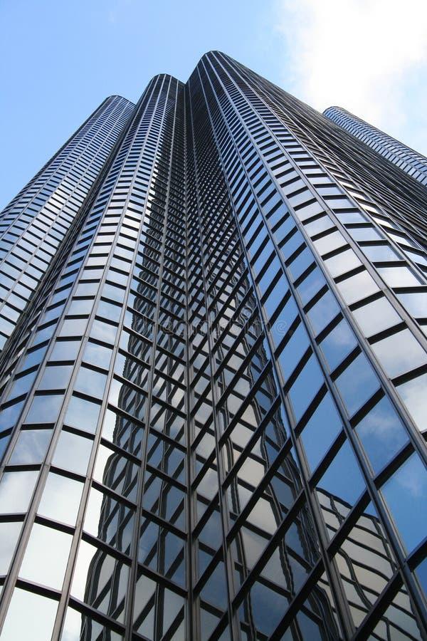 χτίζοντας γραφείο πολυόροφων κτιρίων στοκ εικόνα