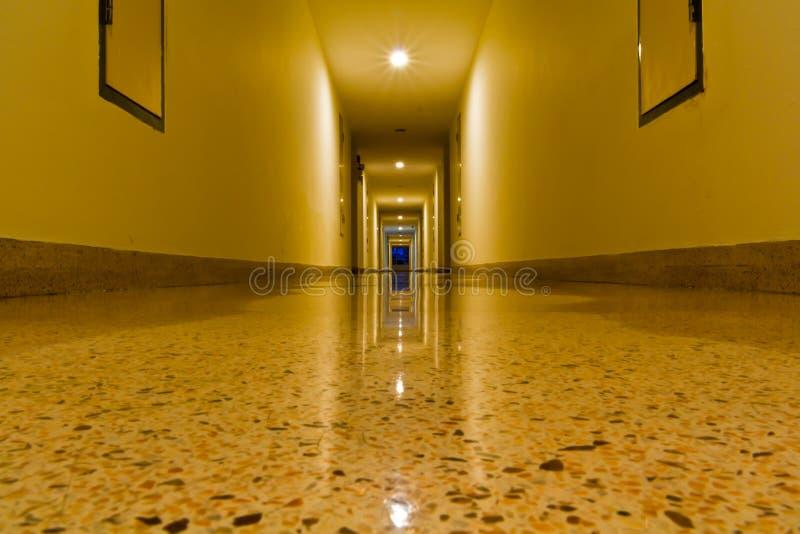 χτίζοντας διάδρομος στοκ φωτογραφία
