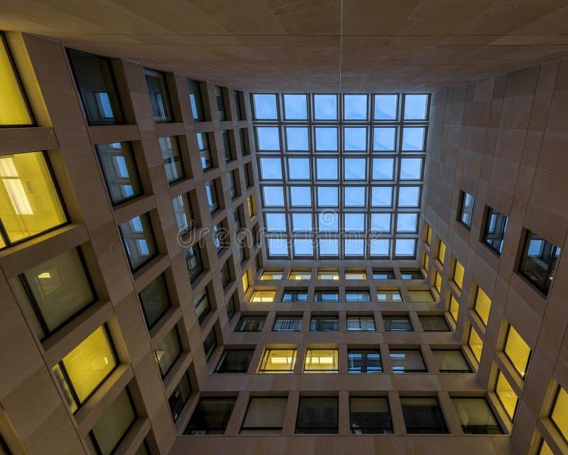 Χτίζοντας κεντρικό δικαστήριο ψυχολογίας στοκ φωτογραφίες