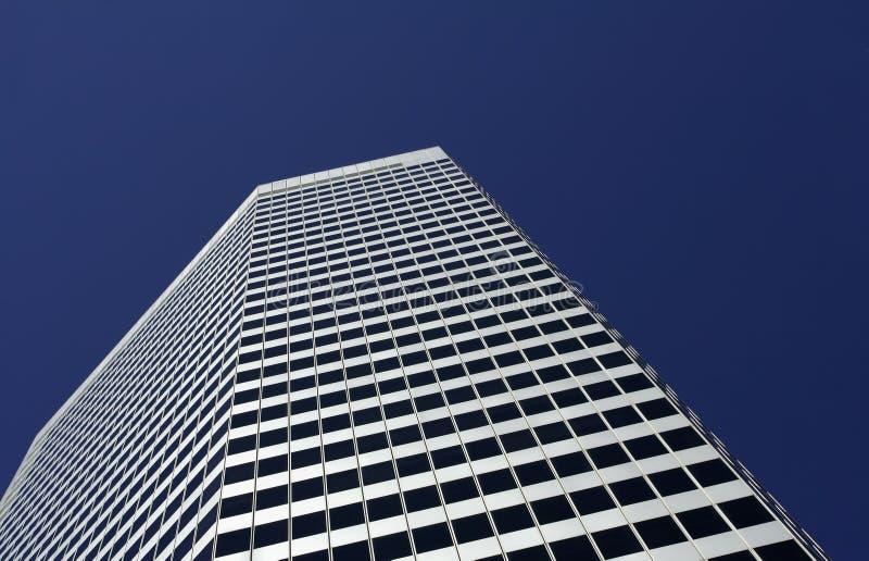 χτίζοντας πολυόροφο κτίρ& στοκ φωτογραφία