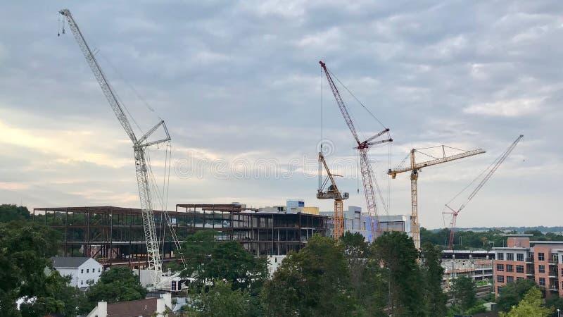 Χτίζοντας το Τελευταίο Αμερικάνικο Εμπορικό Κέντρο; στοκ φωτογραφία με δικαίωμα ελεύθερης χρήσης