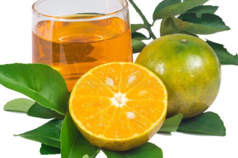 Download Χυμός από πορτοκάλι και φέτες Στοκ Εικόνες - εικόνα από αντιοξειδωτικής, πολτός: 62709520