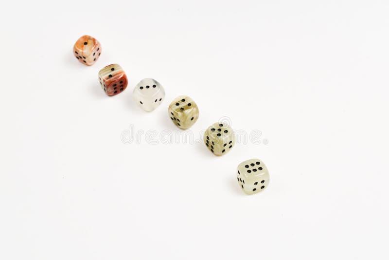 Χωρίζει σε τετράγωνα φιαγμένος από φυσική πέτρα σε ένα άσπρο υπόβαθρο r gaming στοκ εικόνες