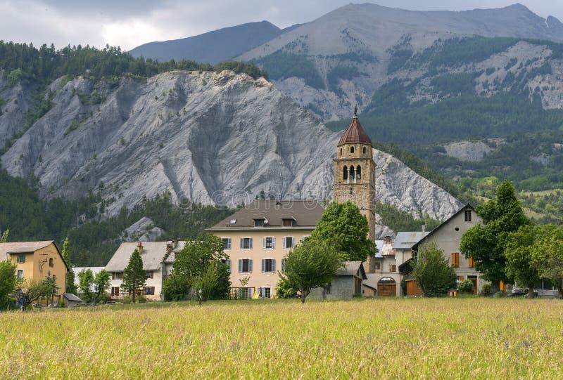 Χωριό στις γαλλικές Άλπεις στοκ φωτογραφίες