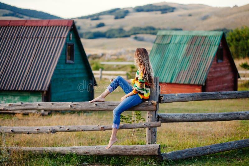Χωριό ταξιδιού γυναικών μόνο στοκ φωτογραφία με δικαίωμα ελεύθερης χρήσης