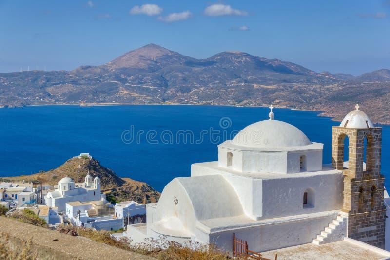 χωριό όψης thalassitra plaka panagia εκκλησιών στοκ εικόνα
