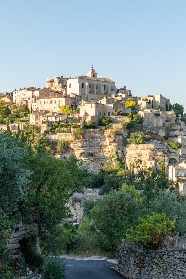 Χωριό Gordes hilltop μικρή μεσαιωνική πόλη στη νότια Προβηγκία Γαλλία στοκ φωτογραφία με δικαίωμα ελεύθερης χρήσης