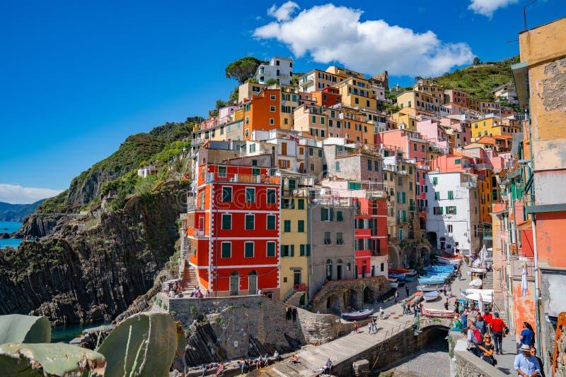 Χωριό Riomaggiore, Λα Spezia, Λιγυρία, ακτή Cinque Terre της βόρειας Ιταλίας στοκ φωτογραφία