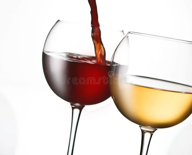 χύνοντας κρασί στοκ εικόνες με δικαίωμα ελεύθερης χρήσης