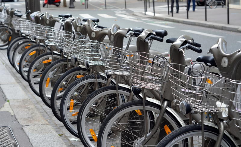 Χώρος στάθμευσης ποδηλάτων στοκ φωτογραφίες με δικαίωμα ελεύθερης χρήσης
