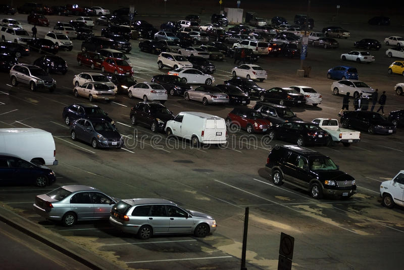 Χώρος στάθμευσης στο Santa Monica Pier τη νύχτα στοκ φωτογραφία