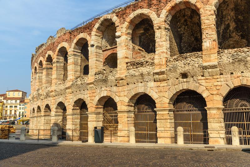 Χώρος της Βερόνα, ρωμαϊκό αμφιθέατρο στο στηθόδεσμο πλατειών Βερόνα r στοκ εικόνες με δικαίωμα ελεύθερης χρήσης