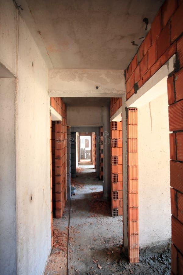 Χώρος φιαγμένος από τούβλα στο διάδρομο στοκ εικόνες