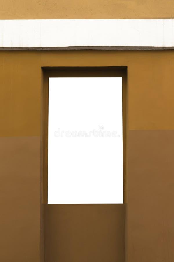 Χλεύη επάνω Κενός πίνακας διαφημίσεων υπαίθρια, υπαίθρια διαφήμιση στον τοίχο ενός τοίχου οικοδόμησης στοκ εικόνες