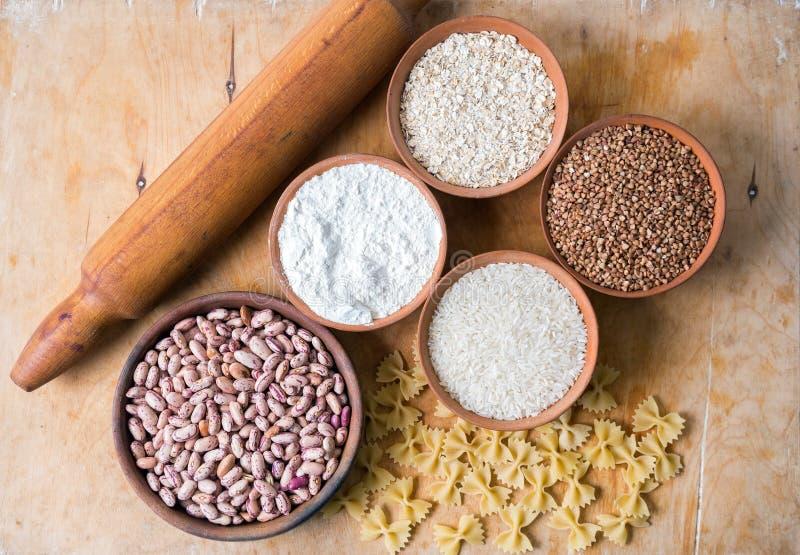 Ψήσιμο ingedients Αλεύρι και ζυμαρικά στοκ εικόνα