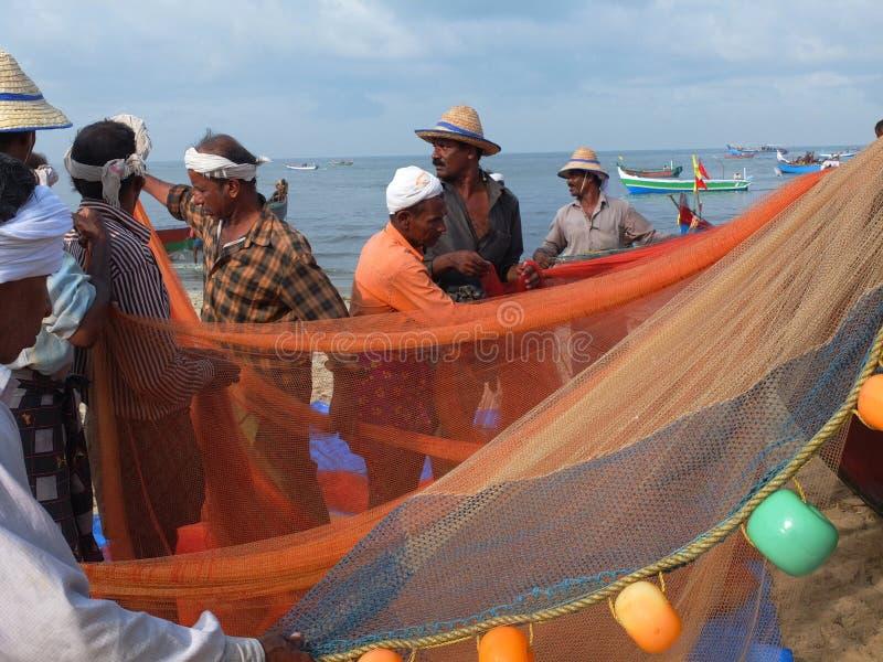 Ψαράδες, Marari παραλία, Κεράλα Ινδία στοκ φωτογραφίες