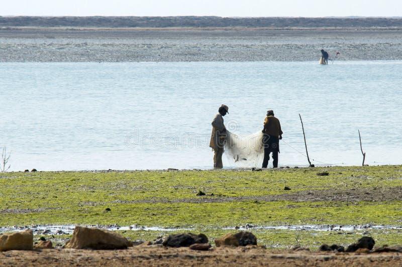 Ψαράδες που αλιεύουν στο δέλτα Indus στοκ εικόνες