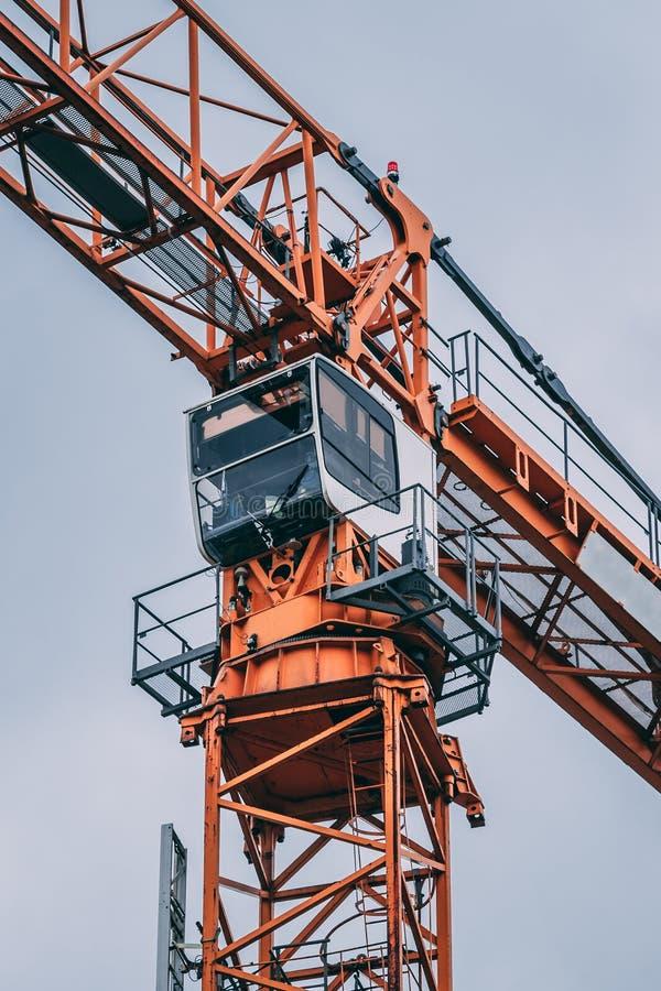 Ψηλή καμπίνα γερανών εργοτάξιων οικοδομής, Στοκχόλμη Σουηδία στοκ φωτογραφίες με δικαίωμα ελεύθερης χρήσης