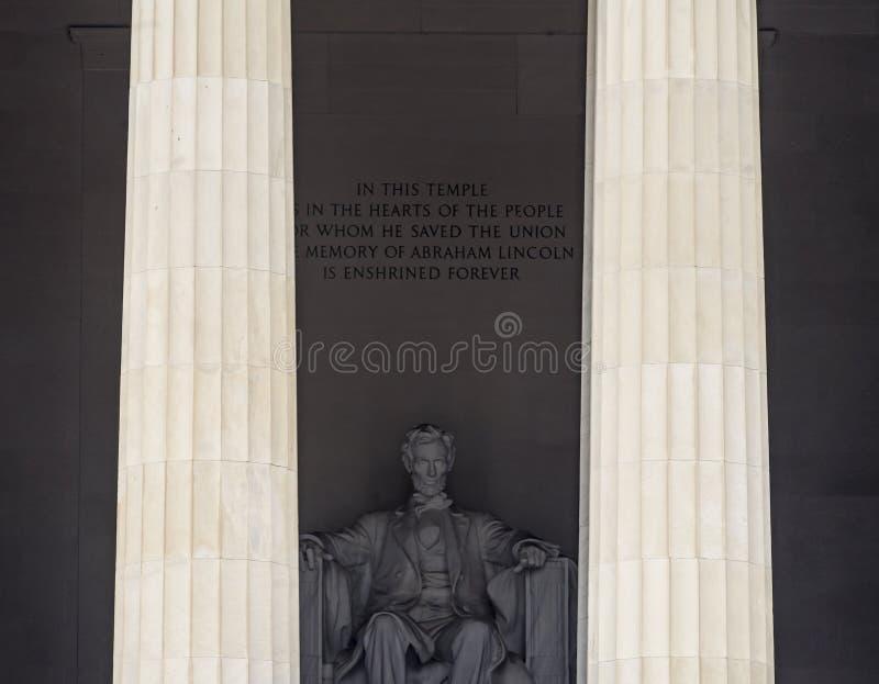 Ψηλό άγαλμα το αναμνηστικό Washington DC του Abraham Lincoln στηλών στοκ φωτογραφίες με δικαίωμα ελεύθερης χρήσης