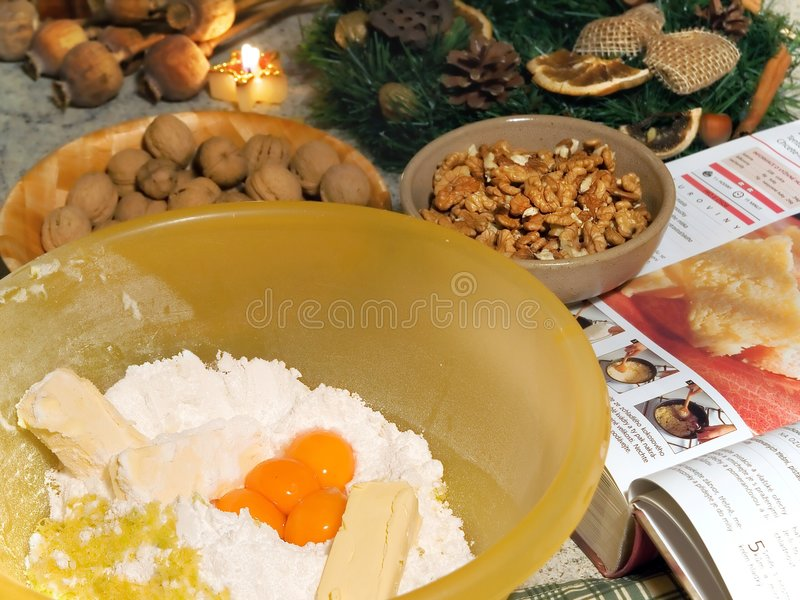 ψημένα καρύδια κέικ στοκ εικόνες
