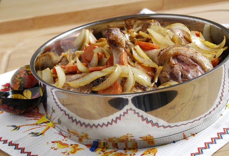 Download ψημένα πάπια λαχανικά στοκ εικόνες. εικόνα από εθνικός - 13178710