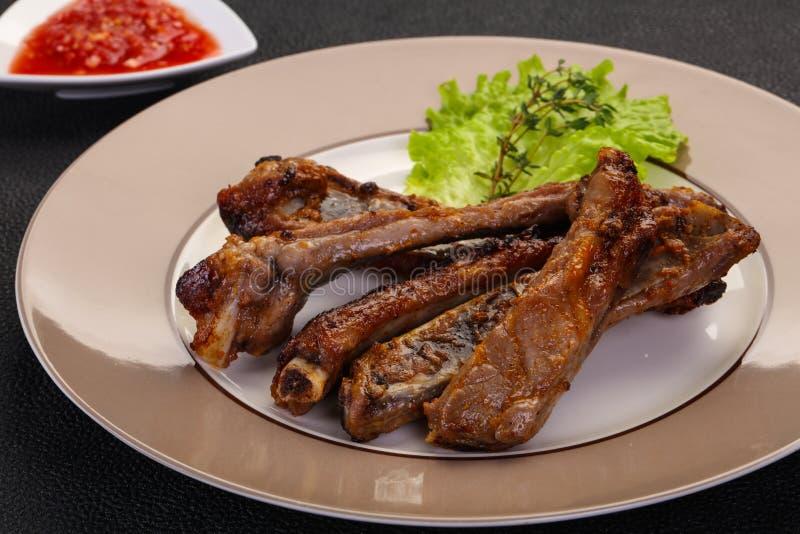 Ψημένα πλευρά χοιρινού κρέατος στοκ φωτογραφία με δικαίωμα ελεύθερης χρήσης