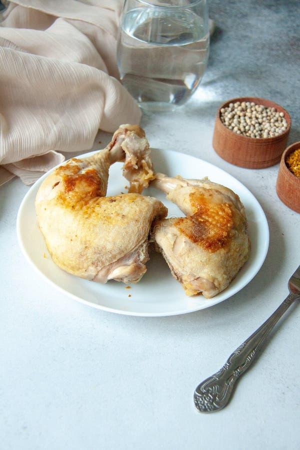 ψημένα πόδια κοτόπουλου στοκ φωτογραφίες