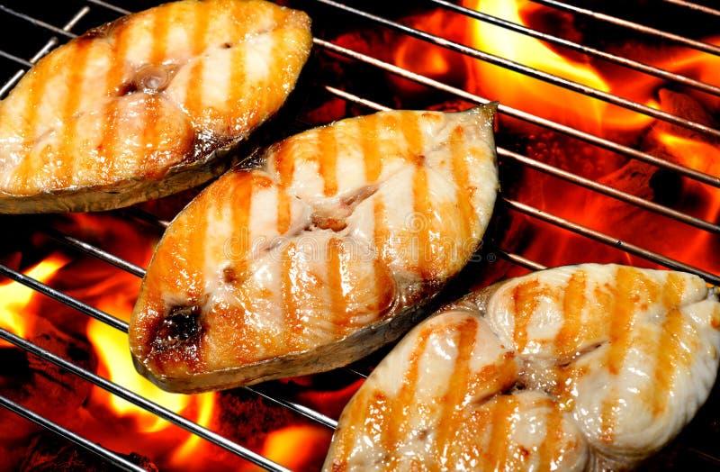 Ψημένα στη σχάρα ψάρια στοκ φωτογραφία με δικαίωμα ελεύθερης χρήσης