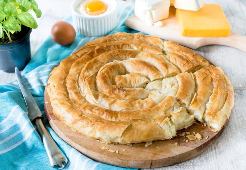 Ψημένη πίτα τυριών στοκ εικόνα