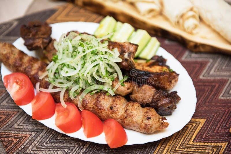 ψημένος στη σχάρα kebab shish στοκ εικόνες