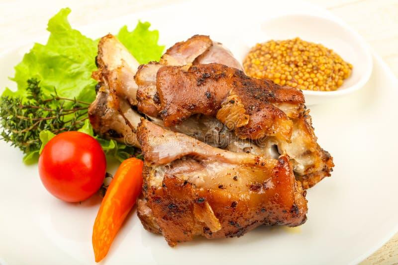 Ψημένο γόνατο χοιρινού κρέατος στοκ εικόνες