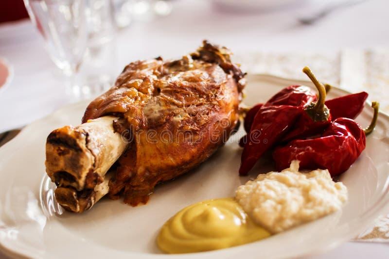 Ψημένο γόνατο χοιρινού κρέατος στοκ φωτογραφίες με δικαίωμα ελεύθερης χρήσης