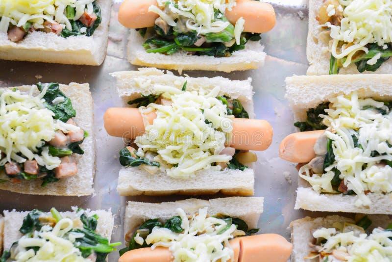 Ψημένο σπανάκι με το τυρί στοκ φωτογραφίες
