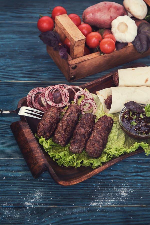 Ψημένο στη σχάρα lula kebab στοκ εικόνες