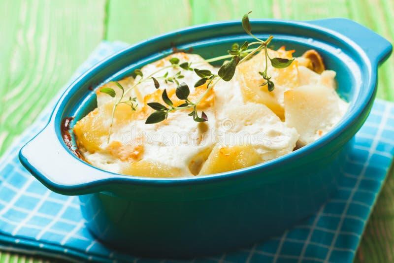 Ψημένο casserole πατατών στοκ εικόνα με δικαίωμα ελεύθερης χρήσης