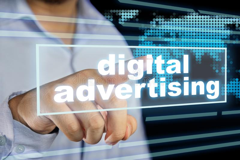Ψηφιακή διαφήμιση, κινητήρια έννοια αποσπασμάτων λέξεων επιχειρησιακού μάρκετινγκ στοκ εικόνες