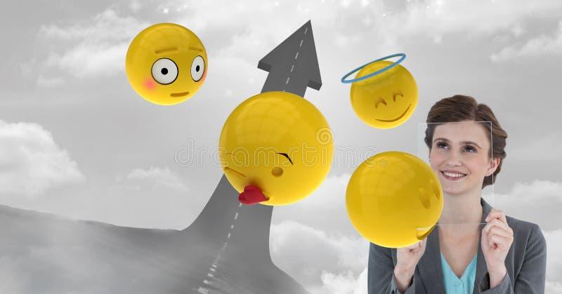 Ψηφιακή σύνθετη εικόνα της επιχειρησιακής γυναίκας με τη διαφανή οθόνη και των emojis από το βέλος ελεύθερη απεικόνιση δικαιώματος