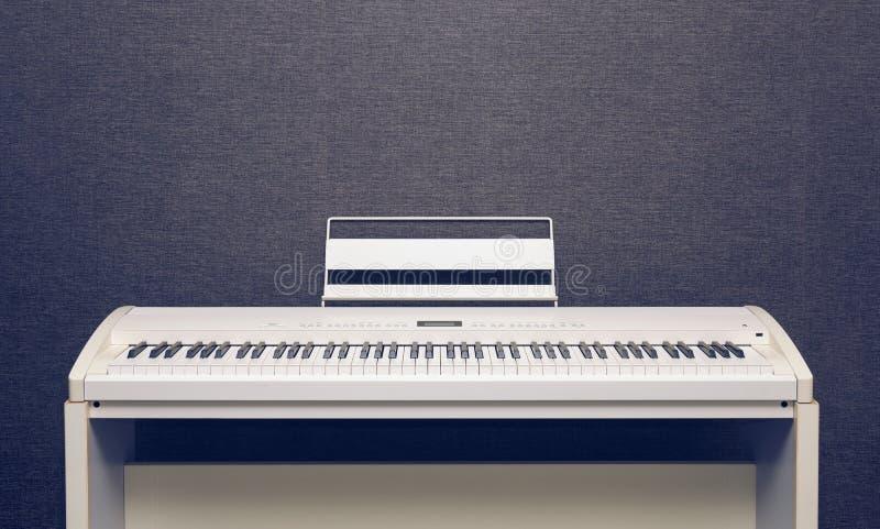 Ψηφιακό πιάνο στοκ φωτογραφία