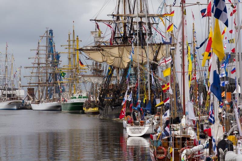 Ψηλή φυλή σκαφών στοκ φωτογραφία με δικαίωμα ελεύθερης χρήσης